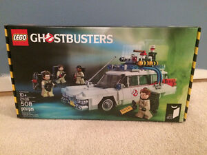 LEGO - Ghostbusters Ecto-1 - 21108-1 ~ NEW!