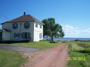 WATERFRONT HOUSE AT CAPE EGMONT