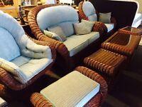 As new 7 pice heavy wicker sofa set