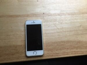 MINT CONDITION iPhone 5s 16 gb Bell /Virgin