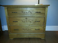 Commode antique 3 tirroirs