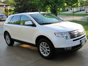 2009 Ford Edge SEL AWD- Low KMs