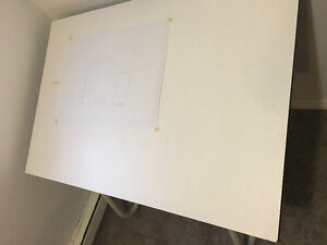 "Loly Neolt - Italian Drafting Table à dessin 35-1/2"" x 47"" West Island Greater Montréal image 1"
