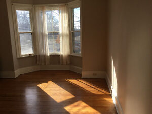 Large 2 bedroom near downtown