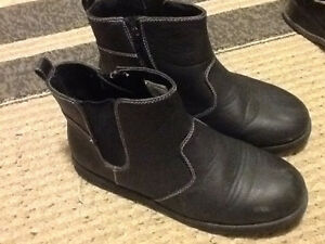 Boys size 4 Boots and Shoes
