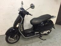Lovely Piaggio Vespa GTS 125 for sale today