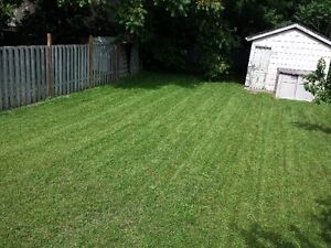Hardscraping and lawncare London Ontario image 7