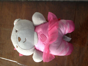teddy that sings and vibrates