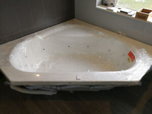 *NEW* Mirolin SOHO 1 Drop-In Bathtub