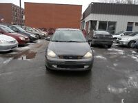 2004 Ford Focus SE Sedan safety and E test