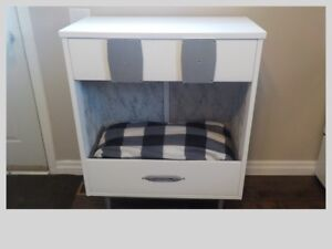 Dog/Cat bed with storage