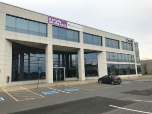 Beautiful OFFICE SUBLEASE in Brossard Dix30