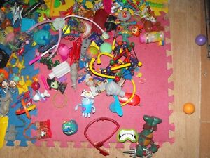Box full of small toys over 30 pounds in box Cambridge Kitchener Area image 4