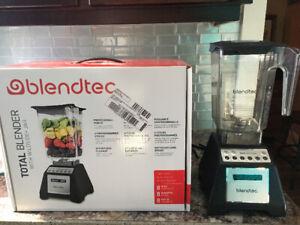 Blendtec Total Blender 2.6L 1500-Watts Countertop Blender
