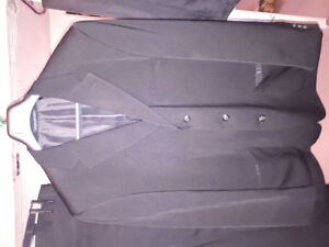 Mens suit and extra pants