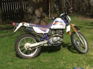 1997 Suzuki 200 DR Excellent shape