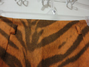 Women's animal print pencil skirt Size 8 New with tags London Ontario image 4