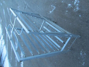 Metal Fold Away Single Bed / Good Condition / No Issues / $45.oo