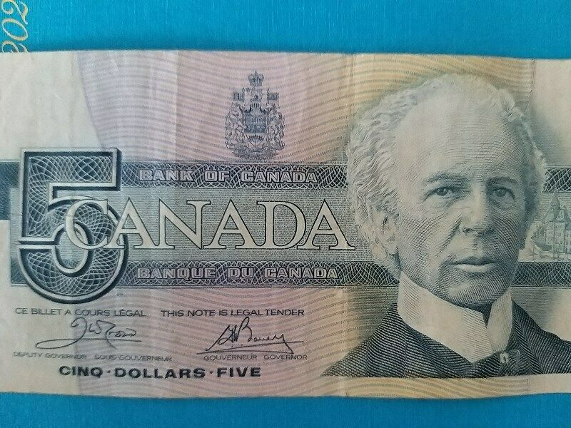 Canada Paper Currency Banknotes of $5 Note, A NICE & FINE Note