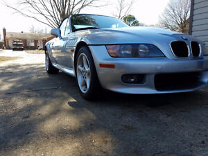1998 BMW Z3 Convertible - MINT CONDITION, RARE RED INTERIOR