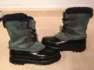 Women's Sorel Alpine Winter Boots Size 8