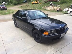 **MINT** BMW 3-Series 318is Coupe.