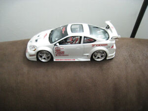 1 18 Diecast Toy Car  2002 Acura RSX Muscle Machines Model