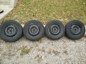 Very clean steel rims *TIRES NOT INCLUDED* Gatineau Ottawa / Gatineau Area image 2