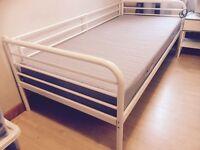 Single bed metal