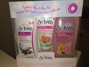3pc St. Ives Spa Gift Pack Set - BNIP
