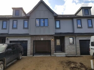 BRAND NEW Luxurious TownHome for RENT (2 minutes from Hespeler)