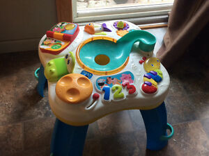 Play table with music