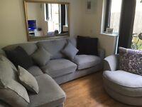 Corner sofa with turning chair