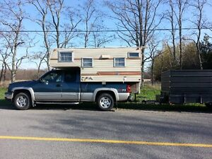 TRUCK CAMPER  6.5  TO 8FT BOX EXCELLENT CONDITION