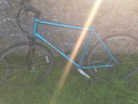 "Kona dew mountain bike 28"" wheels"