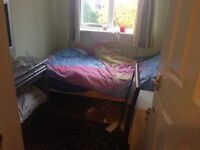 SINGLE ROOM £450 PCM ONLY 1 PERSON VERY NICE FULL FURNSH IN { TW7 6SX } HOUNSLOW ONLE 1 PERSON