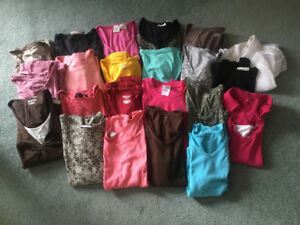 22 Ladies Short-Sleeved T-Shirts XL & L & Tank Tops $20/lot