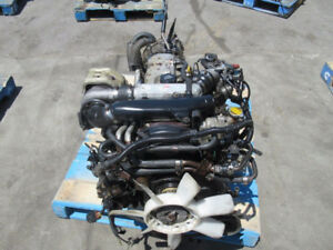 JDM Toyota Hilux 2L 2L-TE Turbo Diesel Engine 4x4 Manual Trans