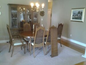Fabulous Solid Wood Dining Room Set