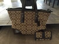 Authentic coach bag - original dust bag and cards included