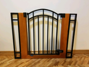 Baby Gate Buy Or Sell Gates Monitors In Ottawa Kijiji Classifieds