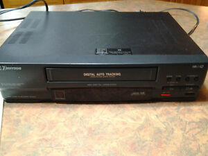 EMERSON VIDEO CASSETTE RECORDER