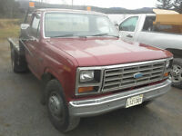 1985 Ford F-250 1 ton
