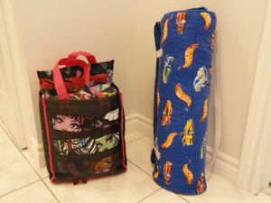 HOT WHEELS NAP/SLUMBER PAD- MONSTER HIGH SLUMBER BAG & PILLOW