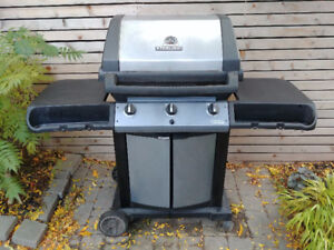 BBQ in really good condition with cover included!