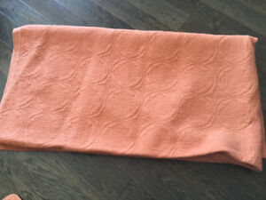 Quilt and pillowcases- king size