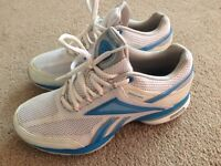 Reebok trainers size 4