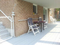 Legal WALKOUT Bright 2-Bedroom Apartment, PICKERING
