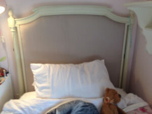 Girl's Pottery Barn Bedroom Set