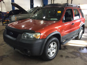 FORD ESCAPE 2006 **AWD, V6**